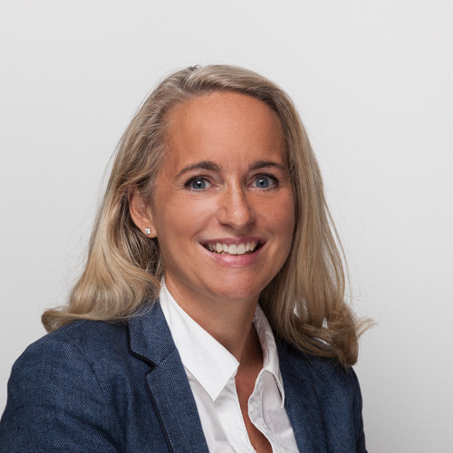 ppa Corinna Kirscheisen - Geschäftsleitung