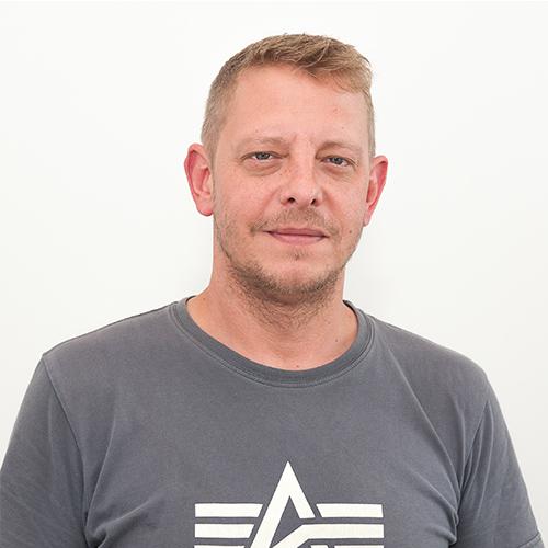 OLIVER GERKEN - Team Lead Logistics