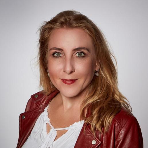 Katrin Steinmetz - Accounting