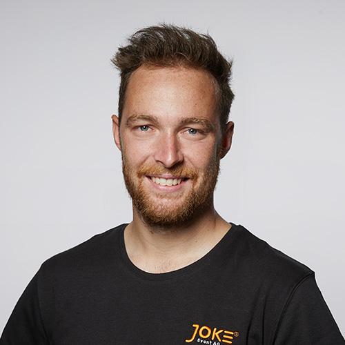 Niklas Müller - Trainee